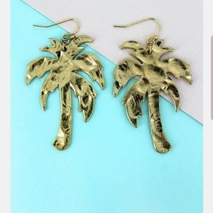 Boutique Style Palm Tree Earrings